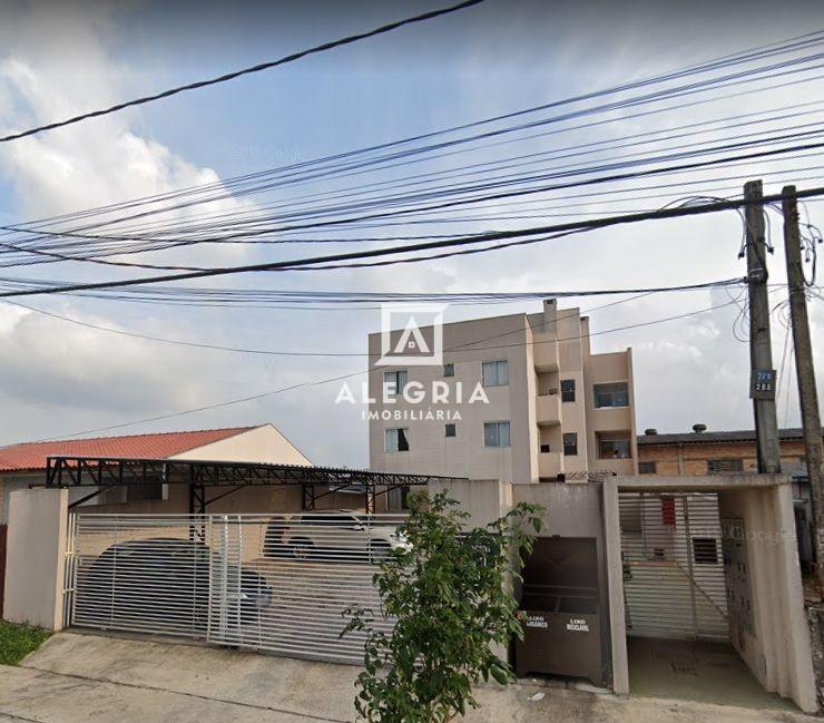 Excelente Apartamento Semi-Mobiliado 02 Dormitórios no Bairro Cruzeiro em São José dos Pinhais